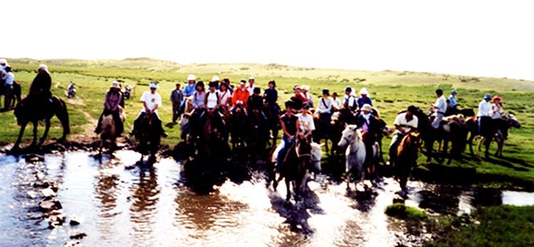 mongol-top02
